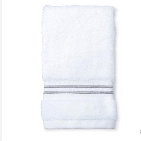 Fieldcrest Other - NWT fieldcrest micro-cotton Hand towel gray strip